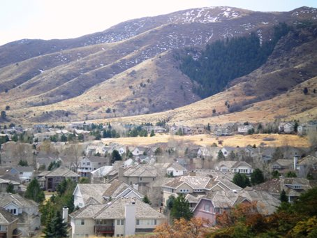 Homes-in-Ken-Caryl, near Lakewood, Colorado